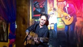 Nhạc sỹ Đức Huy hát ca khúc Giống như tôi theo phong cách bolero
