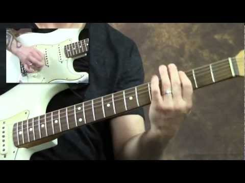 learn-to-sing-while-playing-guitar