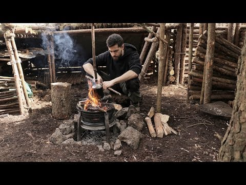 Cooking at The Bushcraft Camp - Axe, Fire, Shelter, Wilderness Survival Tips & Grilled Kebabs
