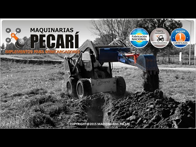 RETROEXCAVADOR con PULGAR | Abril 2015