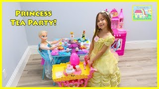 Belle, Elsa and Anna Pretend Play Cooking w/ Kitchen Toy & have a Tea Party!