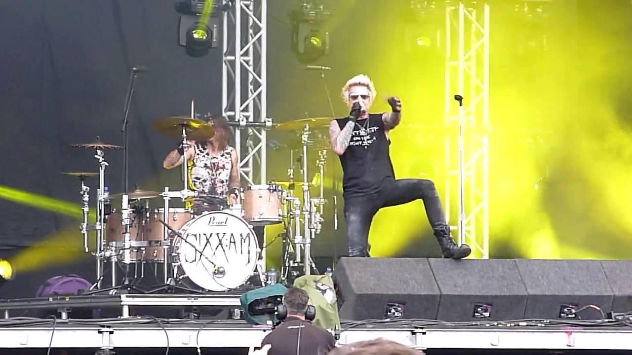 Sixx Live