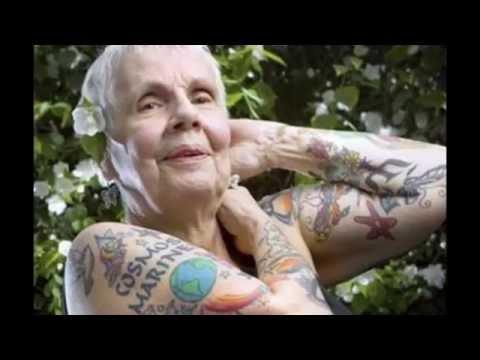 TATUAJES EN ANCIANOS - como se mira un anciano con tatuajes