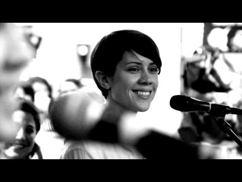 Tegan and Sara :: Call it off