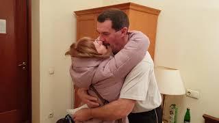 К дяде Вове неожиданно приехала мама Таня.