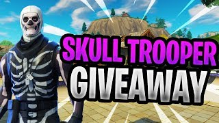 Skull Trooper Giveaway | Pro PC Builder | 1000 Wins| 33K Kills | Fortnite Battle Royale