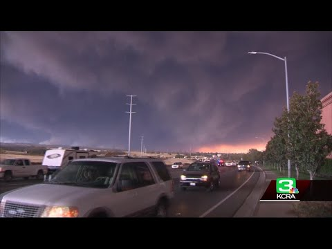 Thousands Flee As Wildfire In Butte County Continues To Grow