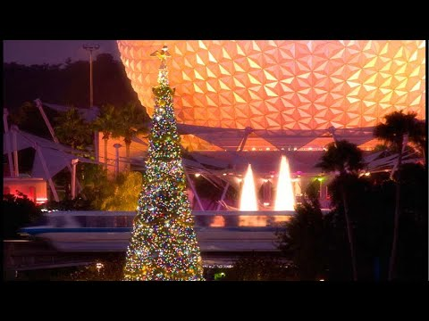 Epcot Live Stream - Candlelight Processional & Decorations - 11-24-17 - Walt Disney World