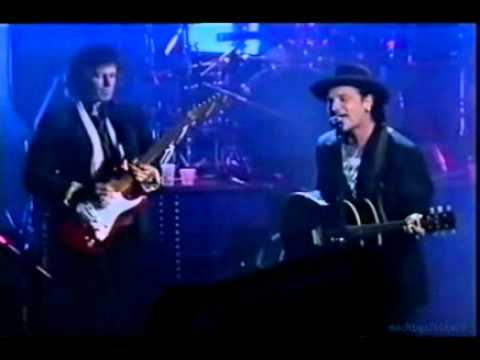 U2 and Keith Richards - When Love Comes To Town (Live)