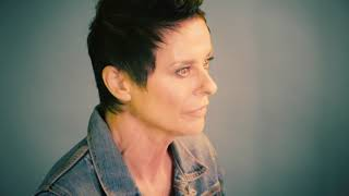 """Lisa Stansfield """"Deeper"""" Track-by-Track: """"Coming Up For Air"""""""
