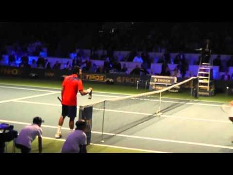 Tennis Classic 2013: Tsonga - Monfils (Tsonga loves his towel and champagne:))