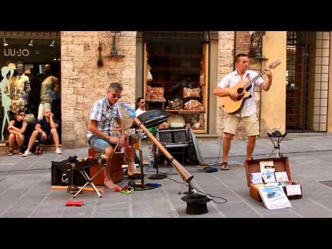 Acoustic Spirit Duo. Umbria Jazz 2011. Perugia.