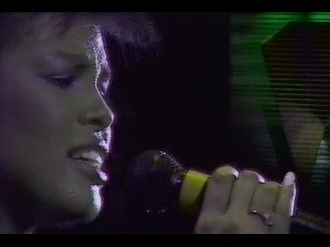 Simple Minds - Alive And Kicking (Live) Rotterdam 1985 (Stereo)