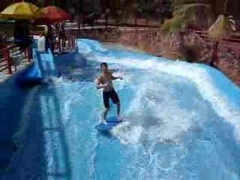 Surf piscina artificial thermas olimpia youtube for Piscina olimpia