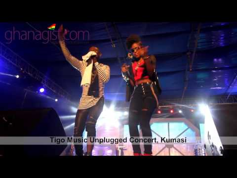 "Okyeame Kwame and MzVee perform at ""Tigo Music Unplugged Concert"" 