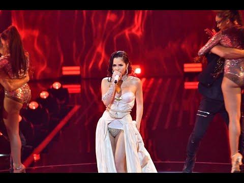 Natti Natasha – La Mejor Version De Mi (Live)