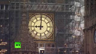 在大本钟恢复中止后他的钟声再次响起以纪念节日