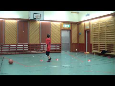 Elias Hortlund 13 year old baller