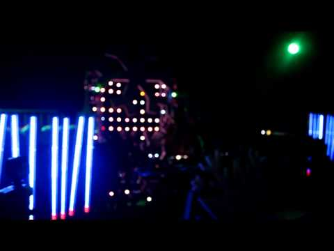 Dash Berlin Wintefresh 2010 - BT & Tiesto 'Love Comes Again' ONSTAGE HD