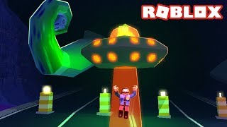ABDUCTING COPS WITH THE UFO IN JAILBREAK!
