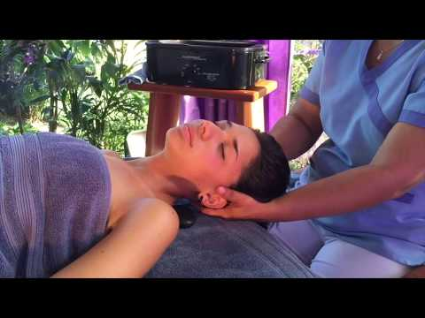 Hot stones neck and head massage that feels heavenly