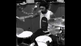 Travis Barker in studio5