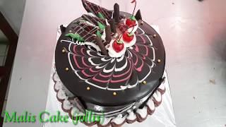 Download Video Cara mudah dan sederhana menghias kue ulang tahun cokelat siram ganache - dekor cake black forest MP3 3GP MP4