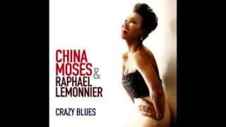 """""""HOT STUFF"""" par CHINA MOSES et RAPHAEL LEMONNIER"""