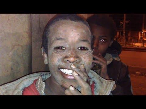 በጣም የሚያሳዝኑ ወገኖቻችን የጎዳና ኑሮ homeless kids Addis Ababa