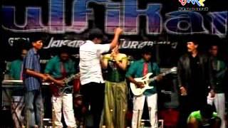 Video Dangdut Zulfikar Group,Jeddih tengah Madura, Aan Sima Payung hitam   Part 5 download MP3, 3GP, MP4, WEBM, AVI, FLV Agustus 2018