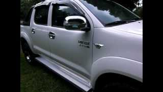 Toyota Hilux 2010 Videos