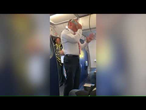 Chad Tyson - Spirit Airlines Flight Delayed After Drunk Passenger Vomits in Woman's Hair