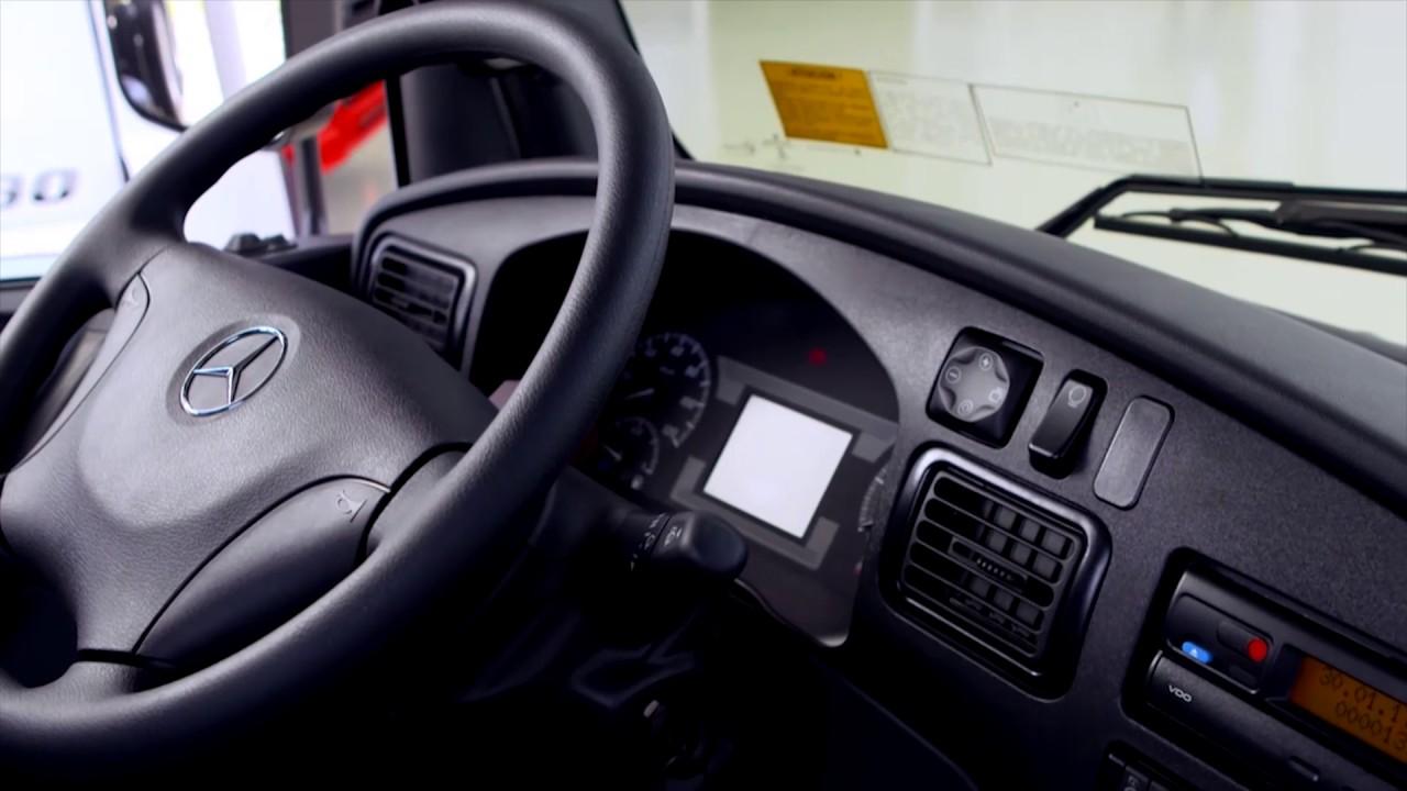 Mercedes Benz Sprinter >> Mercedes-Benz   Accelo - Novo painel e opção de rádio ...