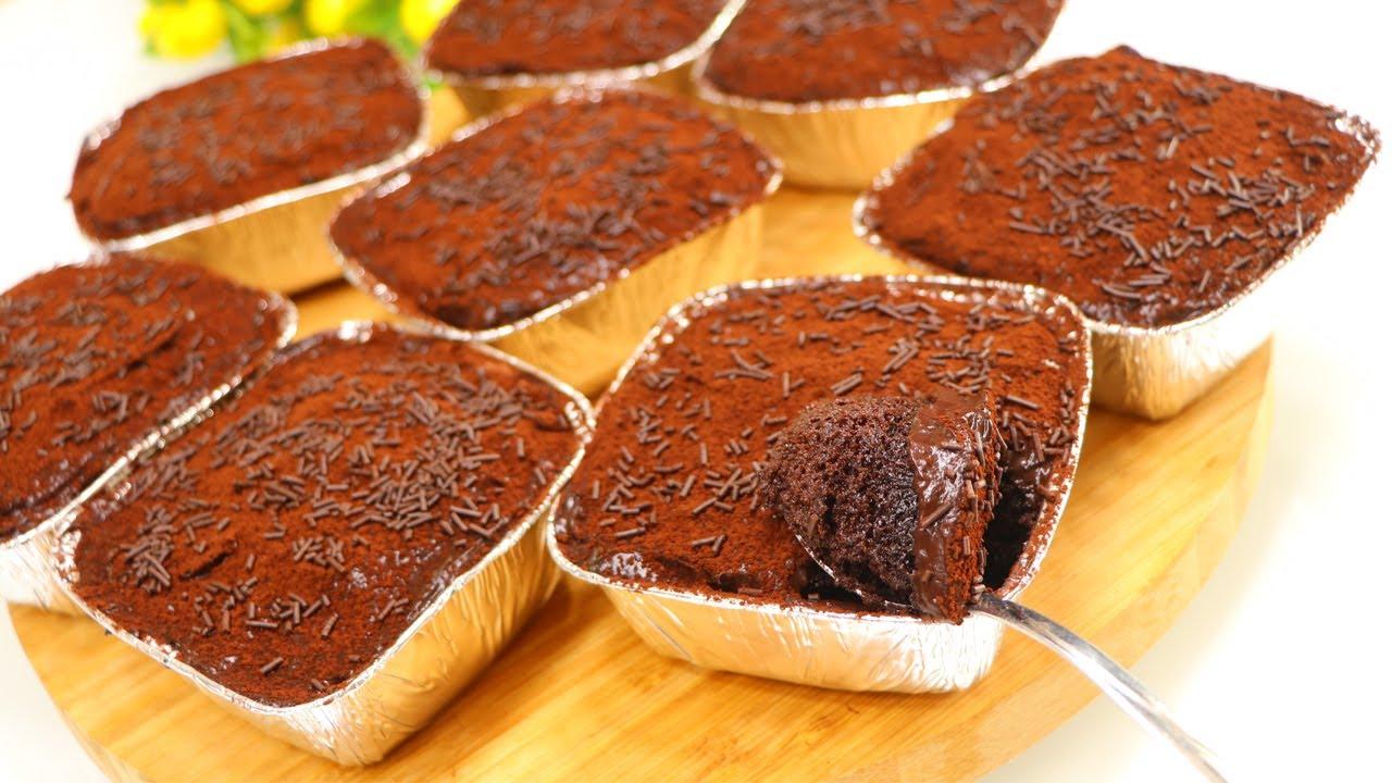 كيكات الشوكولاته الأسفنجية ب 2 بيضة فقط بدون شوكولا ولا كريمة بكريمة البودينغ الشهية وطعمها خيال