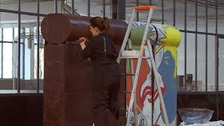 The fall of the Berlin Wall: French chocolatier creates a 7-meter-long replica | AFP