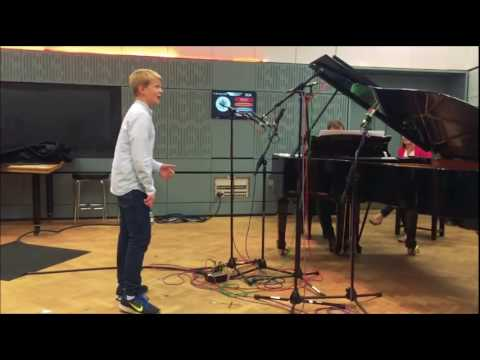 Aksel Rykkvin - Three songs and interview live on BBC Radio
