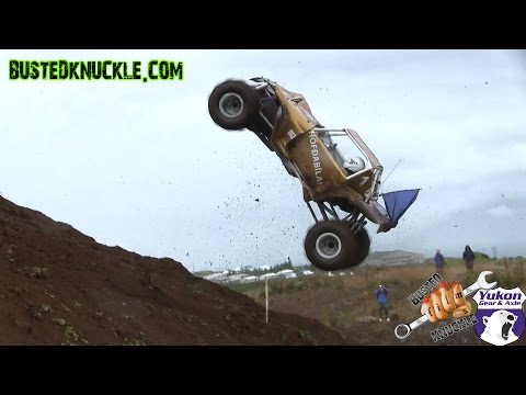 Formula offroad cars hit the wall