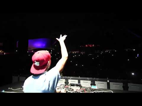 Avicii Last Live Performance of 'Levels'