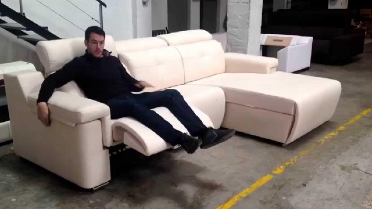 Sof s valencia sof relax a motor modelo esther youtube for Modelos de sillon cama