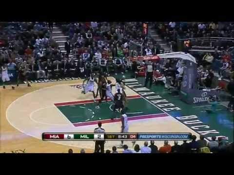 Dwyane Wade no-look to LeBron James for tomahawk dunk vs. the Bucks 2010