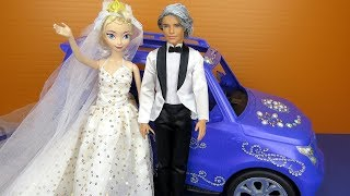 Elsa's Wedding ! Elsa and Anna toddlers at the Church - lots of princesses invited - dresses - gowns