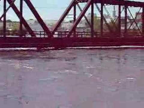 CRANDIC bridge Cedar Rapids day befroe flood took it down