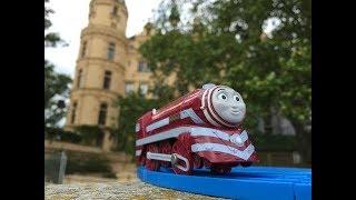 Trem de Brinquedo Thomas and Friends Caitlin at Burggarten Schloss Schwerin , Germany 01786 pt