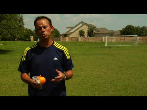 Soccer Tips : How To Eat For Youth Soccer Tournaments