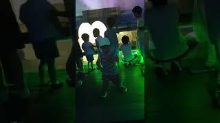 노래하는 분수대 공연 갑자기 춤을