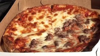 Woman Calls 911 After Pizza Gets Delivered With The Wrong Toppings