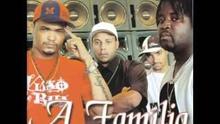 A Familia - Castelo De Madeira - Remix ( Com Remix Fica Melhor Que Sem )