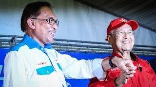 Anwar: I love Dr Mahathir