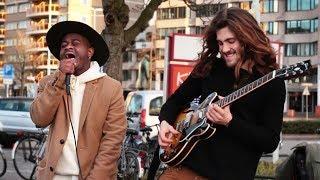 Spontaneous Street Improvisation with Amazing Singer
