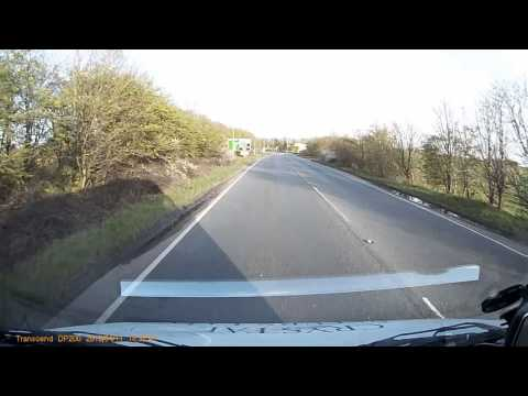 DANGEROUS Very close call. Nearly Head on collision near beccles. Accident. Around 1:30 mark.